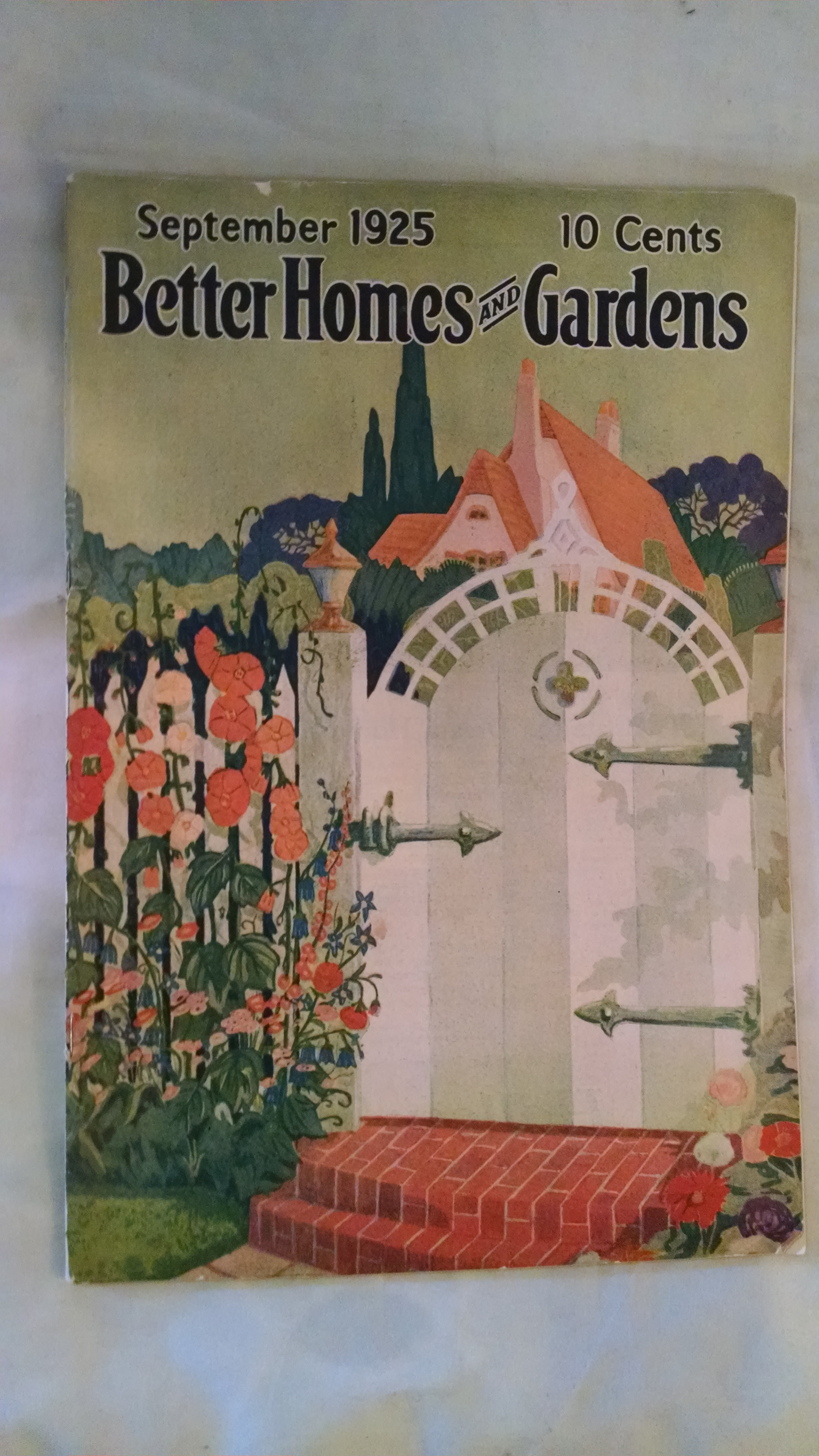 Image for BETER HOMES AND GARDENS  SEPTEMBER 1925