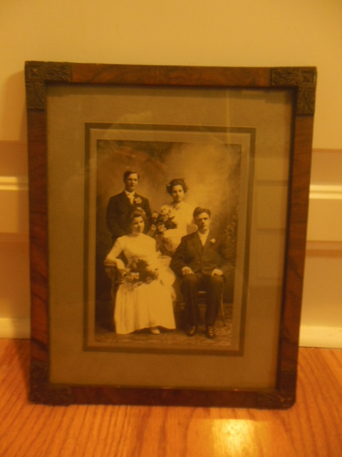 Image for Double Wedding Photo Beautiful Gibson Girls